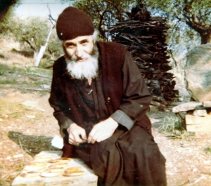 elder_paisios_the_athonite10_medium
